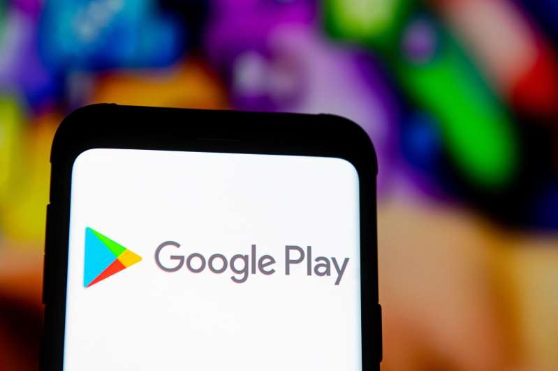 Google gives app makers a year to comply with its Play Store billing policy